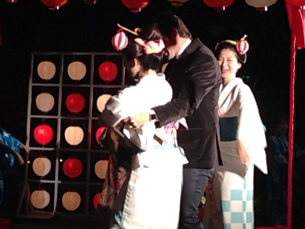 11/12  JTB主催、南米人400名大PARTY@八芳園